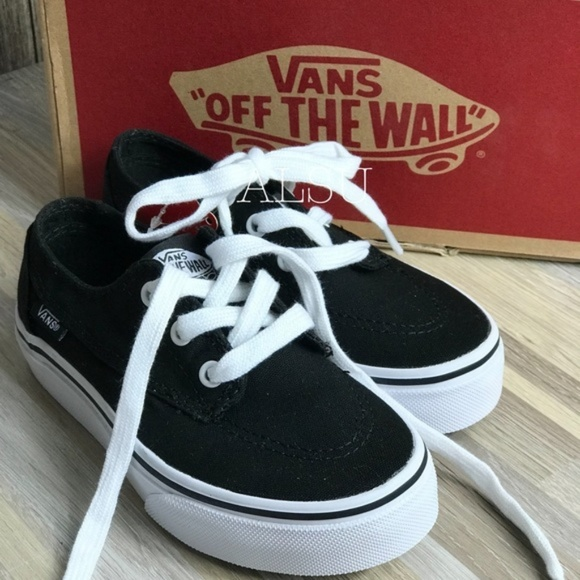 Vans Other - NWT VANS Brigata Black white Kid's AUTHENTIC